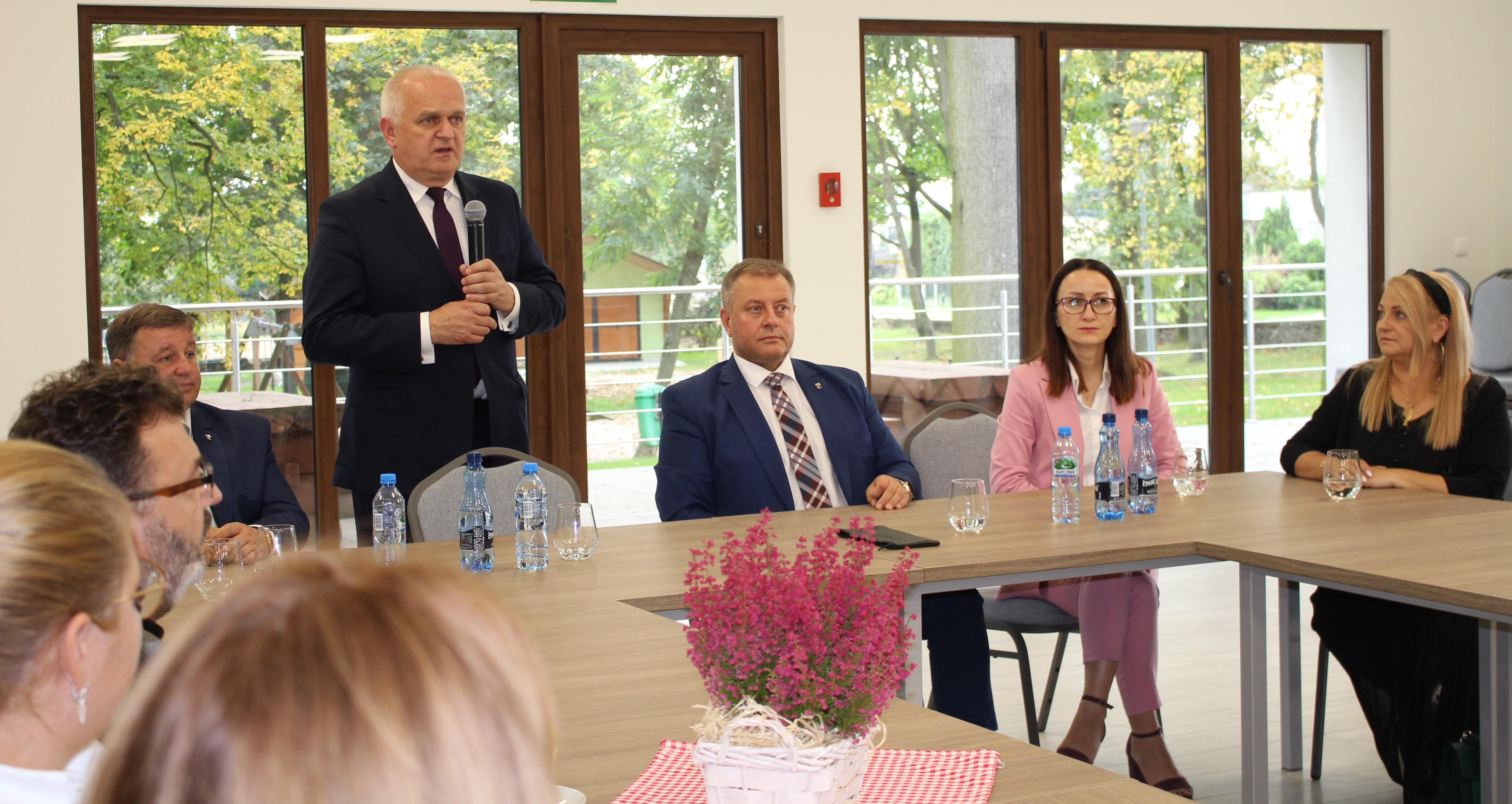 Ilustracja do informacji: Wojewoda odwiedził Gminę Żary